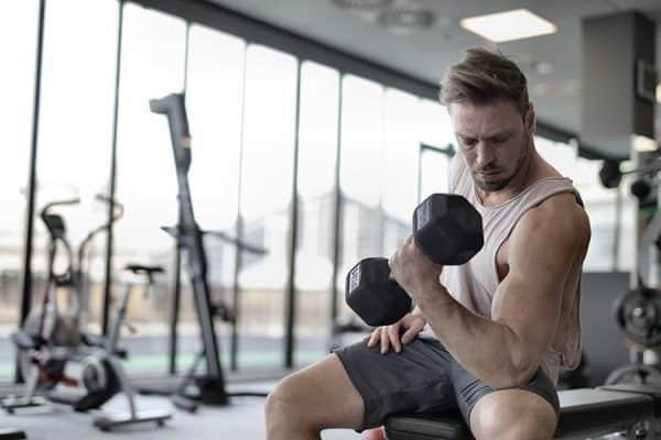 Mejora tus ganancias de fuerza y músculo con Creatina